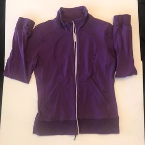 Lululemon jacket J10-1